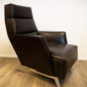 Design On Stock Bloq Fauteuil.Luxe Paarse Loveseat Van Design On Stock Bloq In Ploegwol